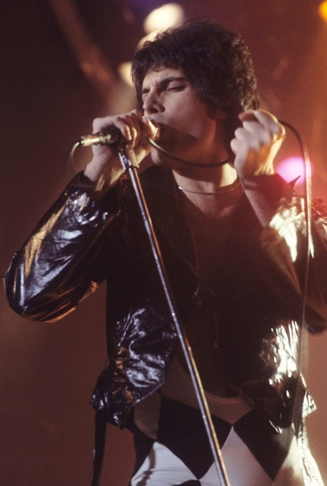 Freddie Mercury performing in 1977