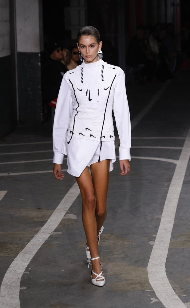 Kaia Gerber walks the runway during the Off-White show as part of Paris Fashion Week Womenswear Spring/Summer 2019 on September 27, 2018 in Paris, France