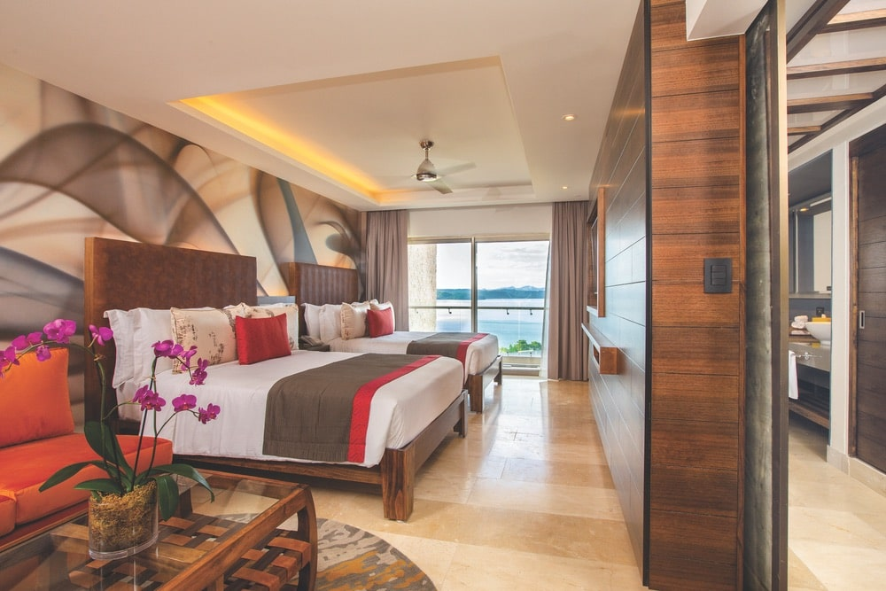 With guest rooms designated as junior suites, director's suites, and producer's suites, everyone receives the star treatment at Planet Hollywood Beach Resort Costa Rica