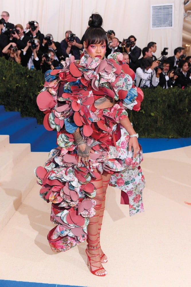 COSTUME, INSTITUTE, BENEFIT, CELEBRATING, OPENING, REI, KAWAKUBO/COMME, DES, GARCONS, Art, INBETWEEN, ARRIVALS, METROPOLITAN, MUSEUM, NEW, YORK, USA, 01, MAY, 2017, RIHANNA, MET, GALA, #METKAWAKUBO, #METGALA, WEARING, COMMES, SAME, OUTFIT, PINK, WHITE, RED, COLOR, COLORED, COLOUR, COLOURED, BLUE, GREEN, FLORAL, PRINT, PATTERN, PATTERNED, UNUSUAL, CUT, OUT, AWAY, CUTAWAY, CUTOUT, STRUCTURED, UNEVEN, HEM, HEMLINE, dress, STRAPPY, STRAP, STRAPS, THIGH, HIGH, OVER, KNEE, OPEN, TOE, TOED, STILETTO, HEEL, HEELED, HEELS, shoes, STILETTOS, METPOWEE, Fashion, music, Alone, Female, Full Length, Not-Performing, Personality, 59263086
