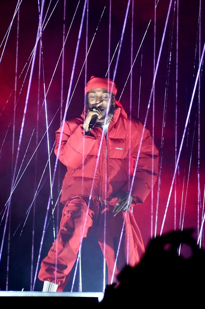 VMA 2017, VMA2017, Arts Culture and Entertainment, celebrities, music, Fashion, Awards Ceremony, topics, topix, bestof, toppics, toppix, MTV Video Music Awards, MTV, Video Music Awards, The Forum, Kendrick Lamar