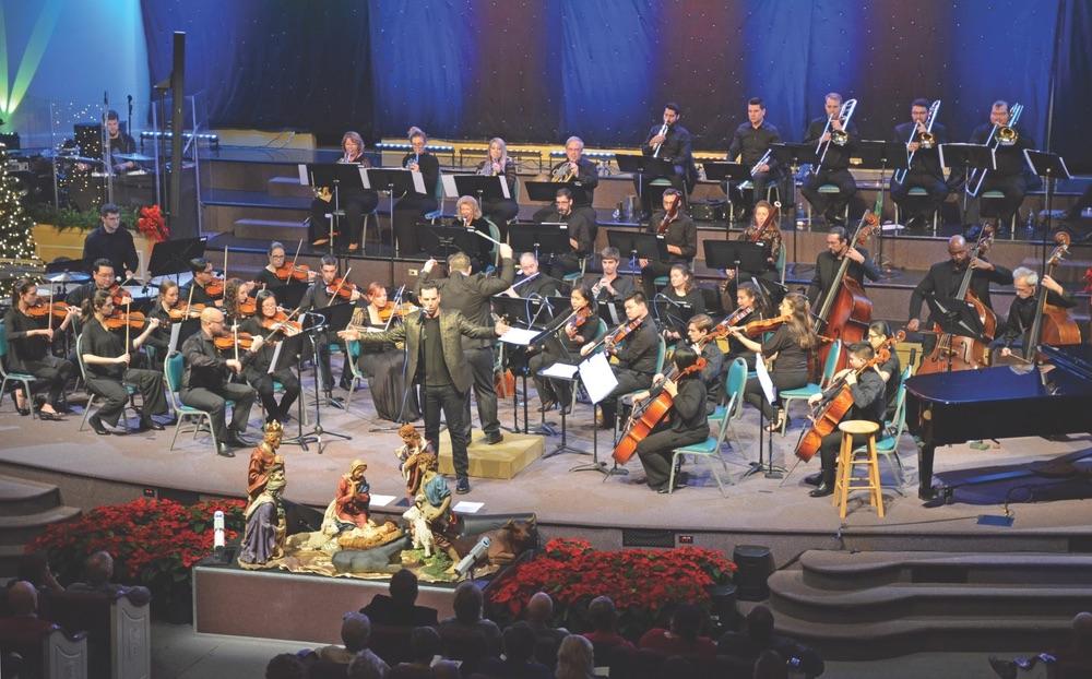 Sinfonia Gulf Coast, Sinfonia, Sinfonia Holiday Concerts 2018, A Swingin' Little Christmas, Village Baptist Church, Destin Florida, Destin, The Henderson, The Henderson Florida, Chris Mann