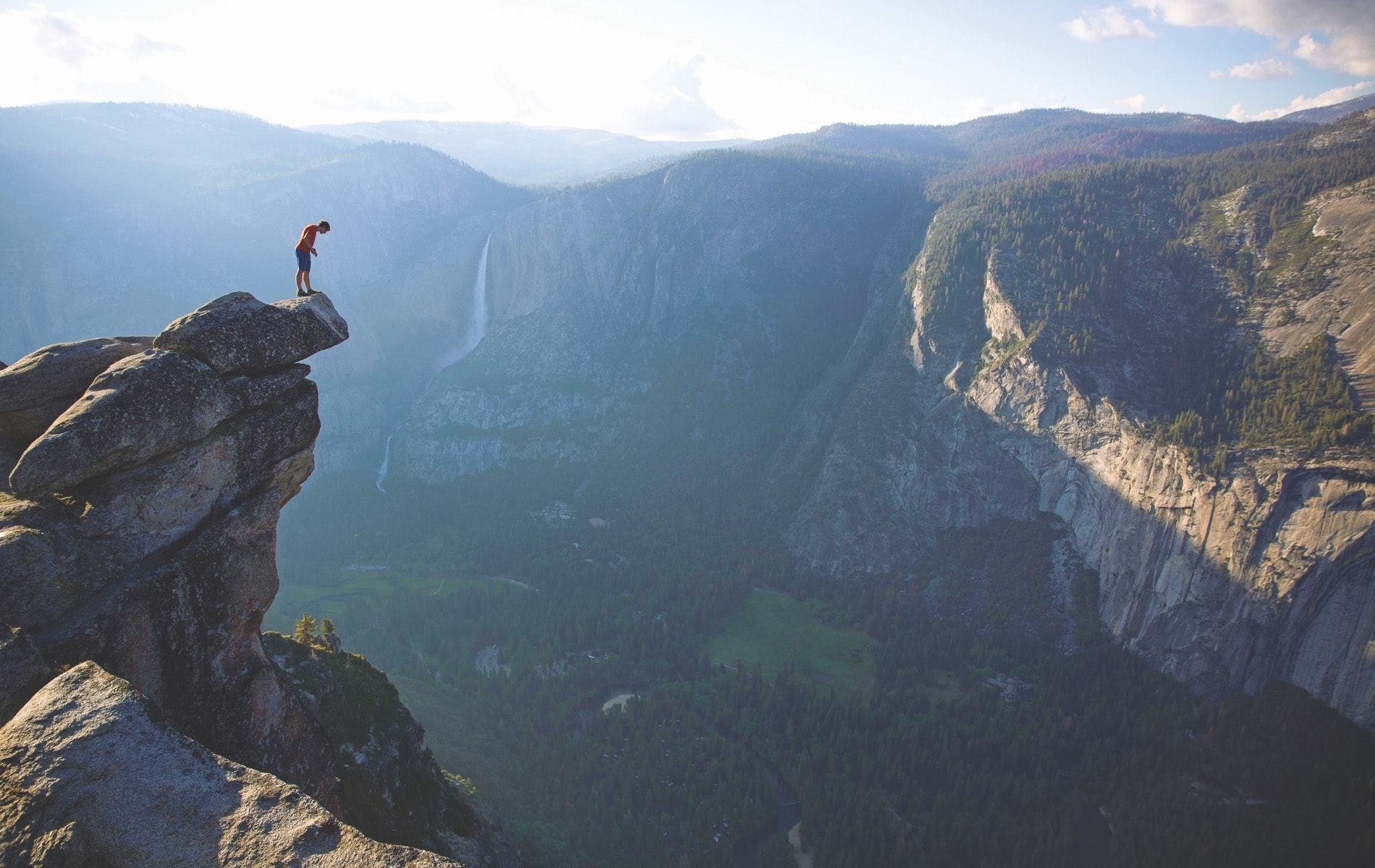 Alex Honnold, professional adventure rock climber, is the subject of Free Solo, a 2018 National Geographic documentary directed by Elizabeth Chai Vasarhelyi and Jimmy Chin. | Photo courtesy of National Geographic Documentary Films