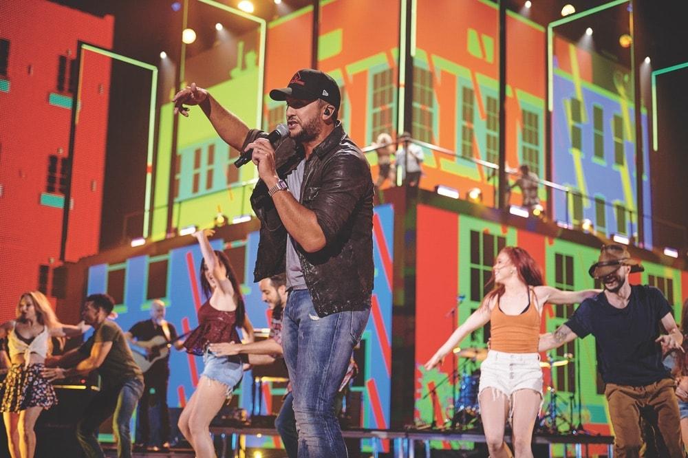 CMT, CMT Music Awards, CMT 2019 Music Awards, Nashville, Nashville Tennessee, Bridgestone Arena, Getty Images, Luke Bryan