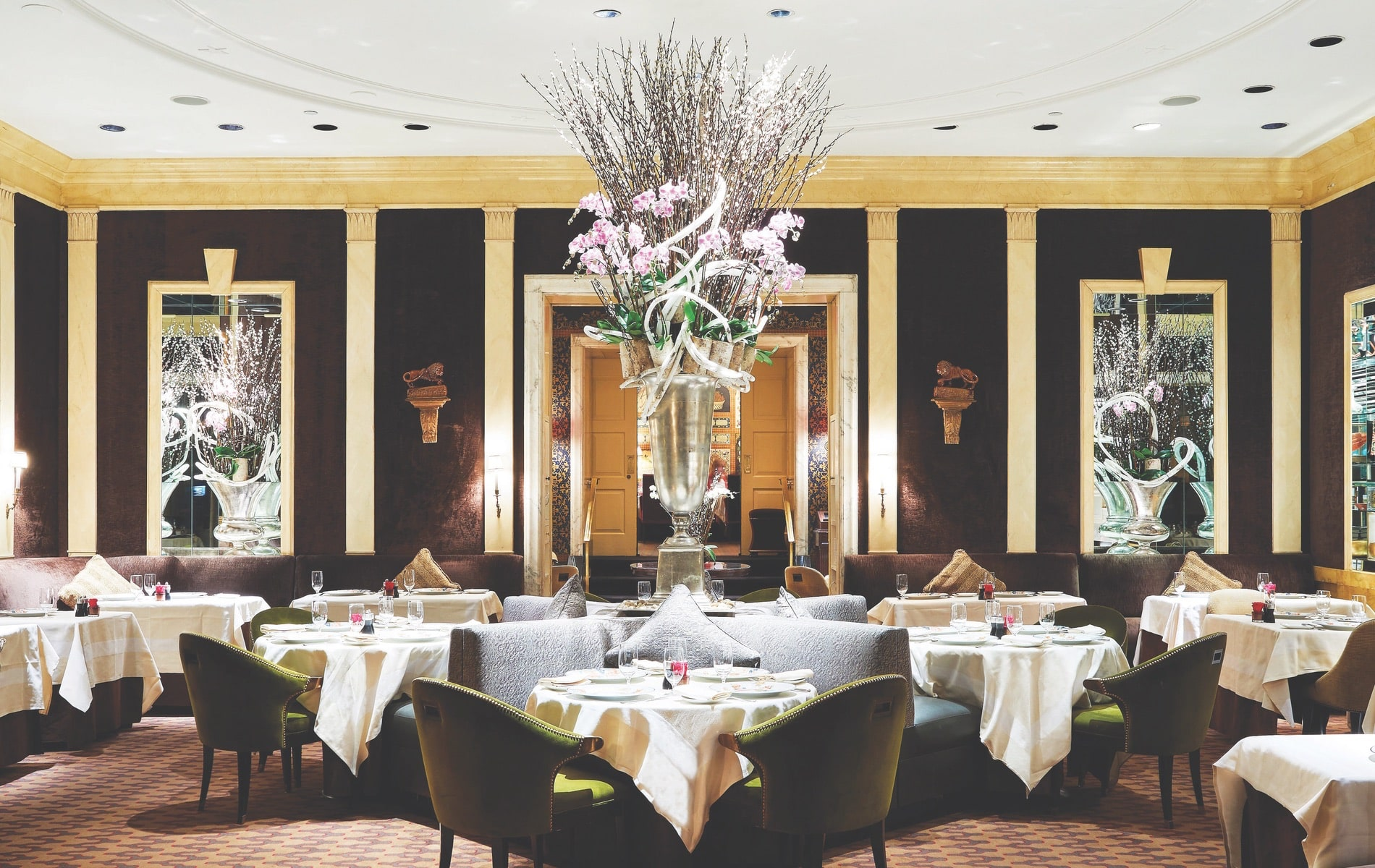 The Carlyle Restaurant serves up American cuisine with a European edge in an intimate, country house setting, hotel, new york