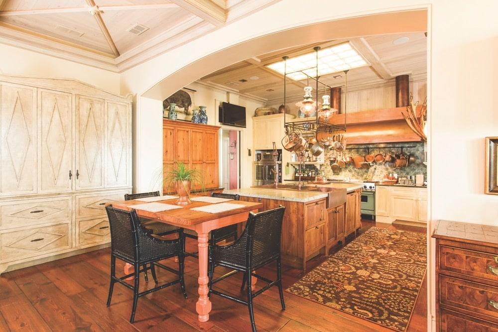 Paula Deen Home
