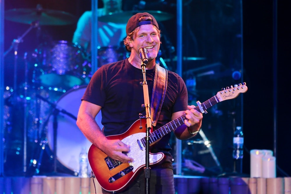 Billy Currington performs at the Paramount on May 10, 2019 in Huntington, New York. | Photo by Debby Wong / Shutterstock.com