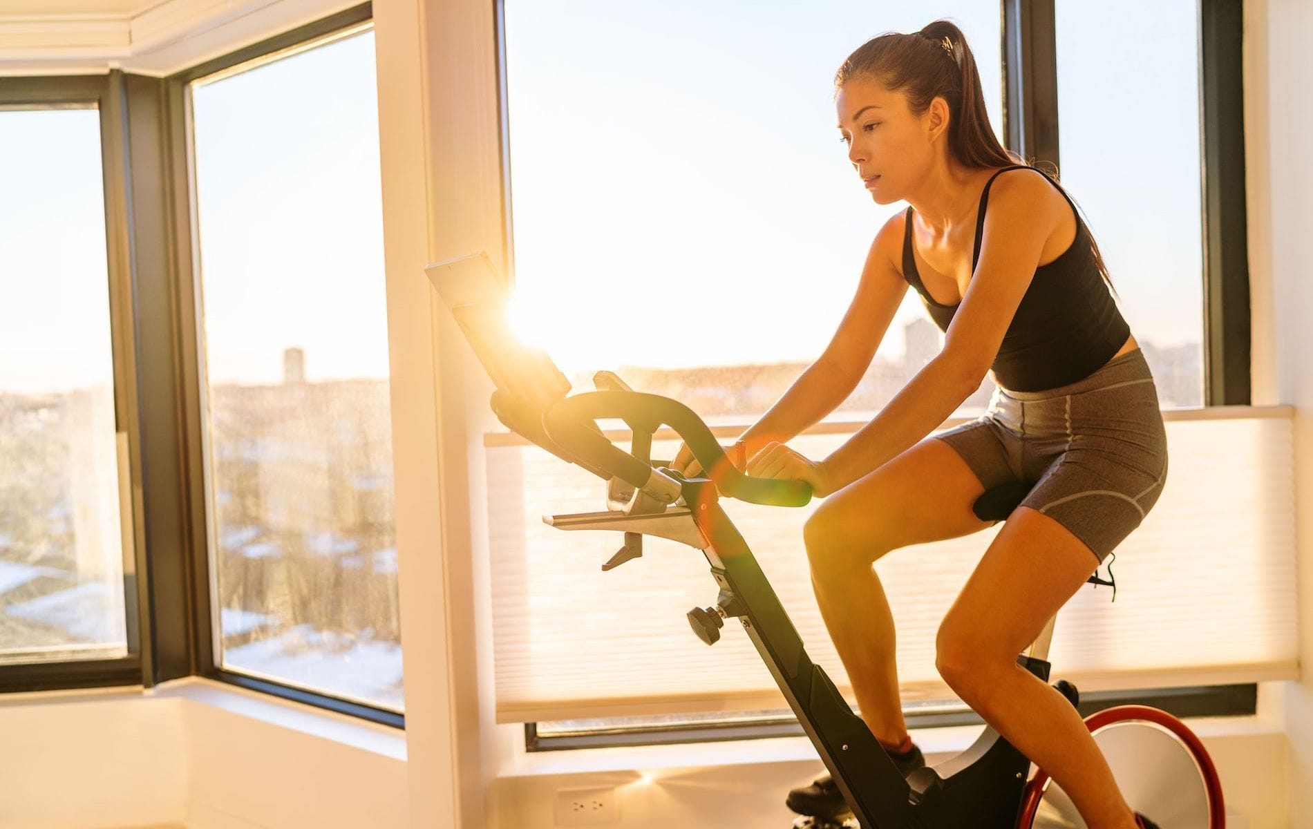 VIE Magazine, 10 Workouts You Can Do at Home, COVID-19