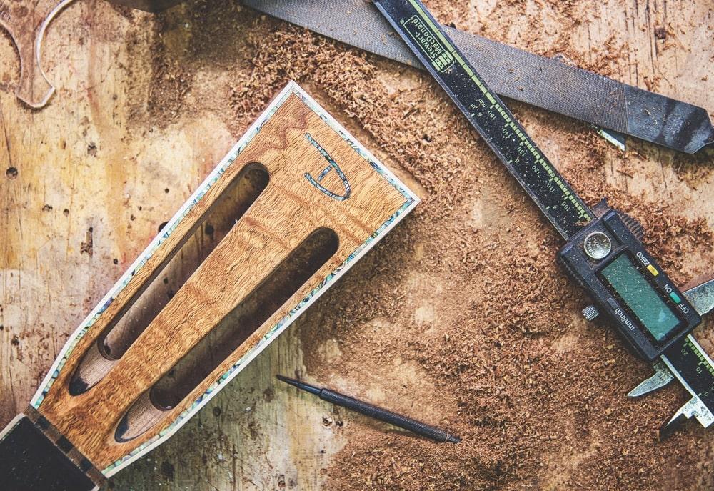 VIE Magazine, Chris Alvarado, Driftwood Guitars