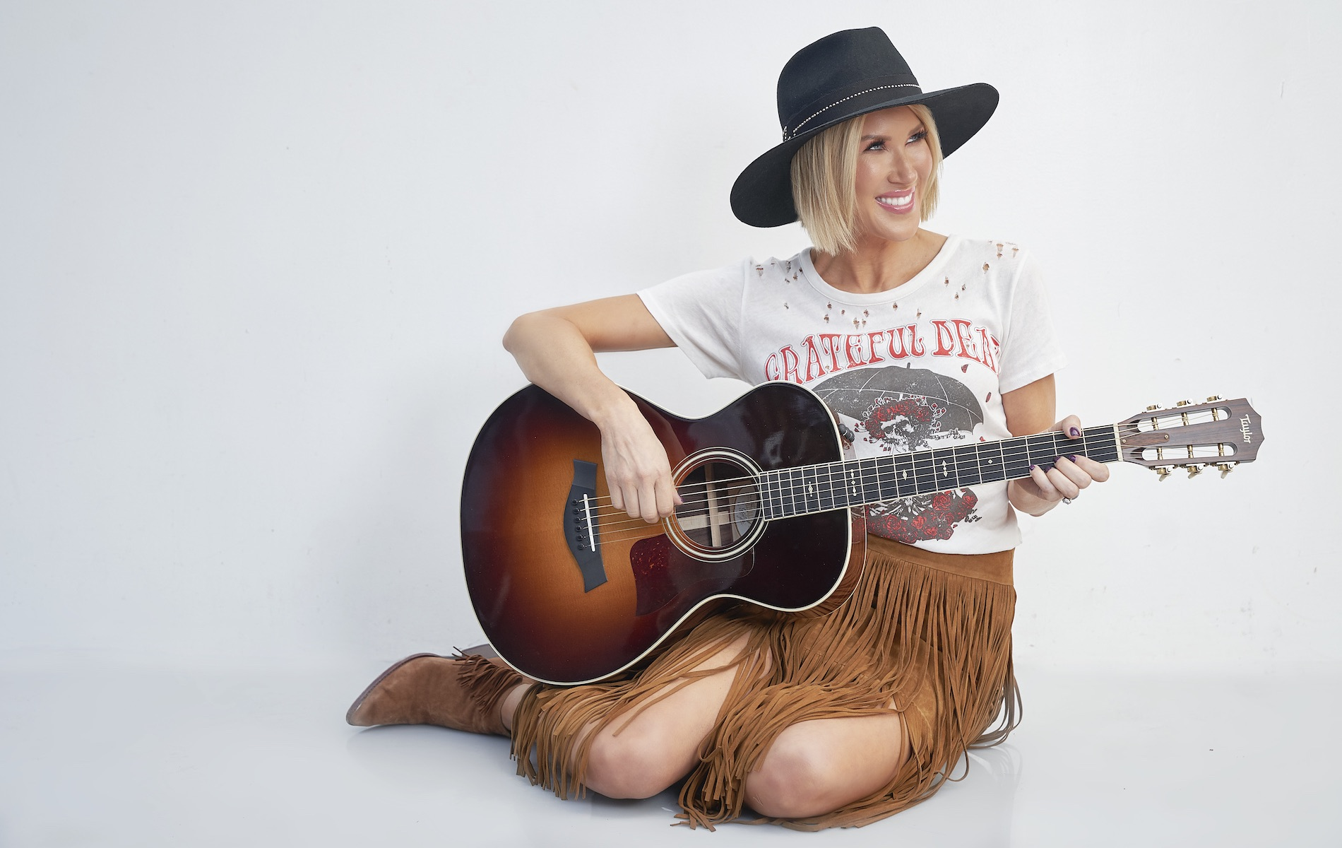 Kimberly Dawn country music artist tips for learning music at home VIE magazine