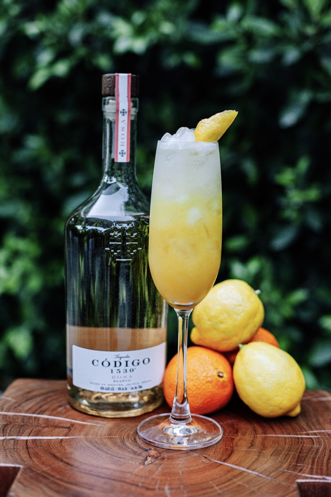 Código 1530 Rosa's Gold Rush Cocktail for National Tequila Day 2020