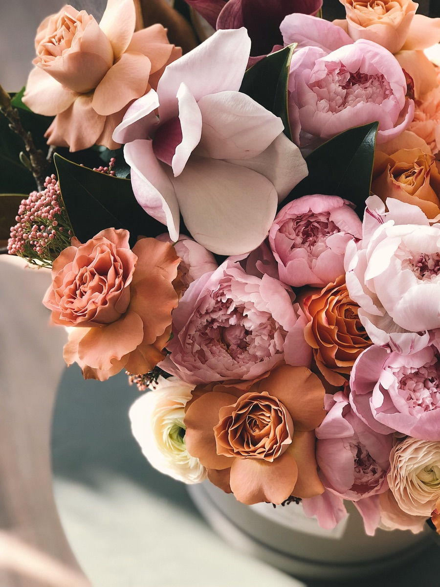 Floral arrangements, peonies, flowers, Charleston Academy of Domestic Pursuits