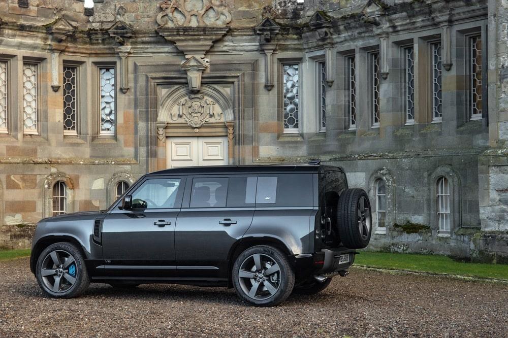 David Hemming, Defender V8, Iain Gray, Jaguar Land Rover, Land Rover, Land Rover Defender