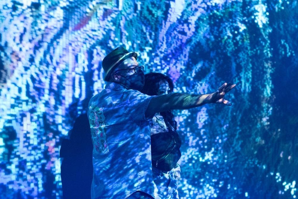Artechouse, Artechouse Miami, Miami FL, Spring Break, Art, Events, Aqueous, Immersive experience, Sensory Installation, Digital Art, Interactive, Experimental Art, Pantone, Classic Blue, Pantone Color Institutem, Sandro Keserelidze, Submerge by Artechouse, Alvin Hernandez, Aileen Quintana