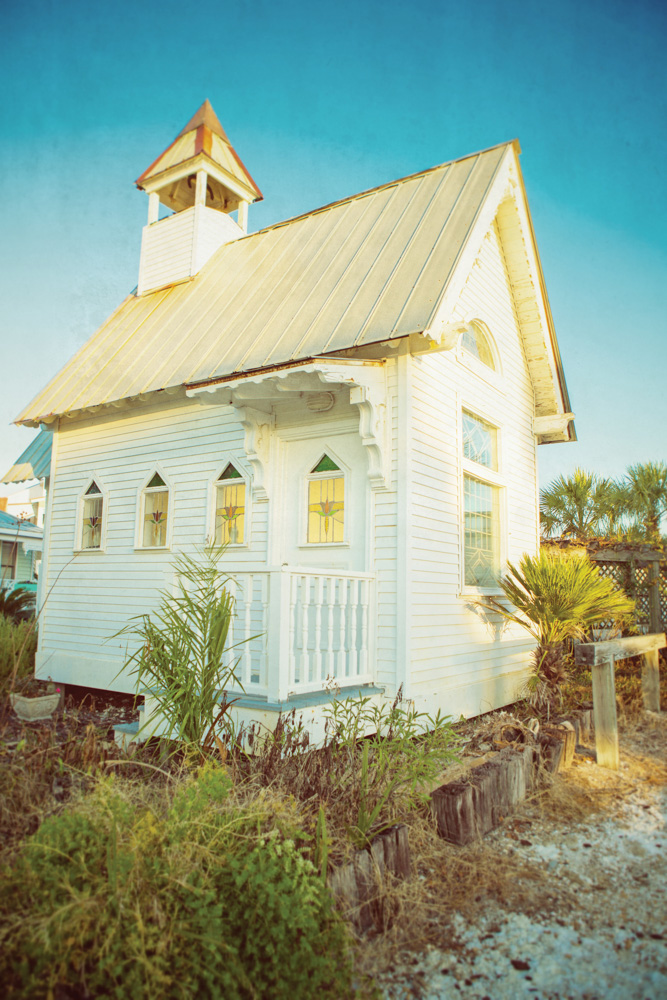 Mexico Beach Florida Wedding Chapel A Piece Of Yesterday On The Gulf Vie Magazine