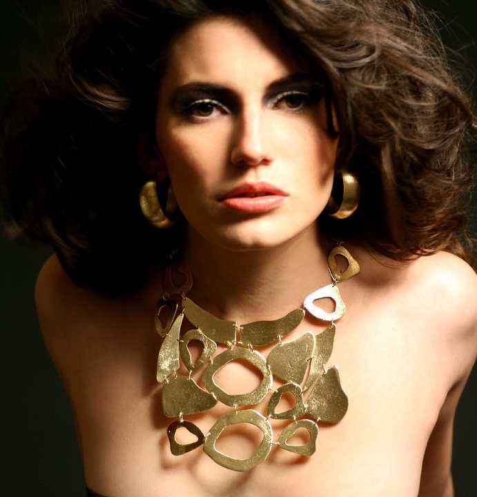 VIE Magazine Dreams Come True Claudia Lobao jewelry