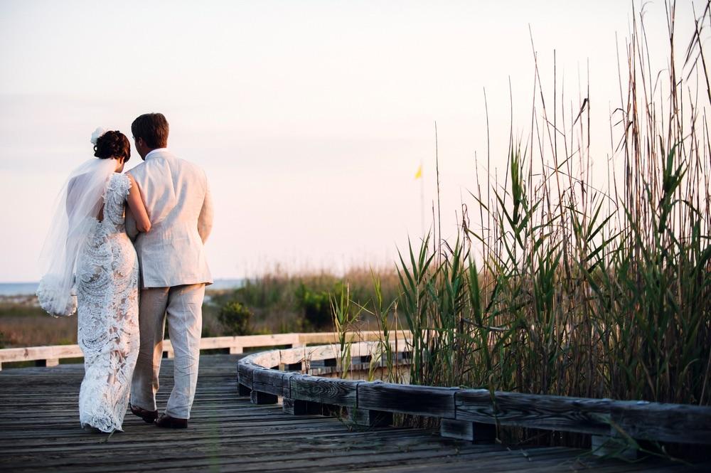 VIE Magazine kristie and cameron conner wedding day love story