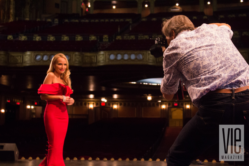 Carlo Pieroni takes a picture of Kristin Chenoweth vie magazine sinfonia ten year anniversary new york kristen chenoweth christian siriano
