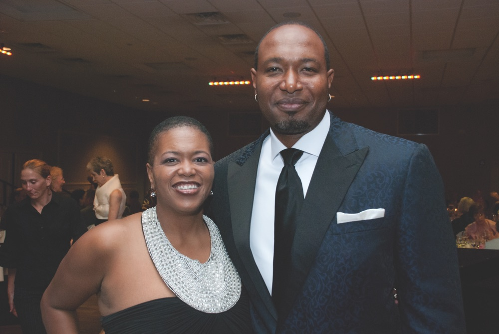 VIE Magazine, Pensacola Opera's Jukebox Gala, Antonio Perry and wife, Bentina
