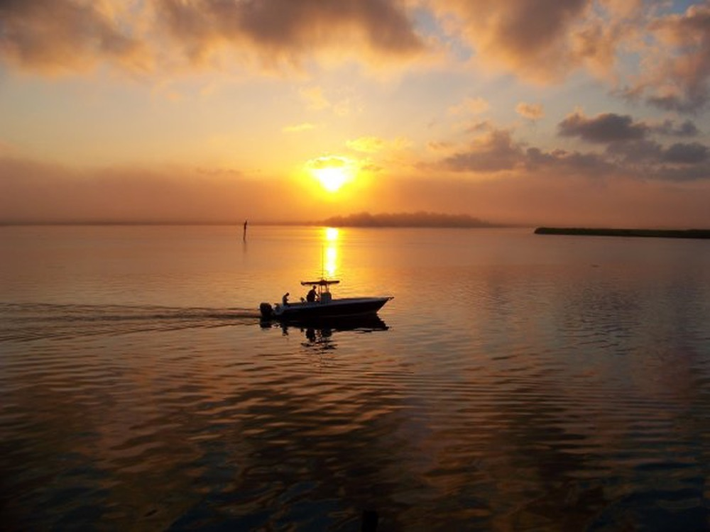 vie magazine photo contest photography water boat sunset