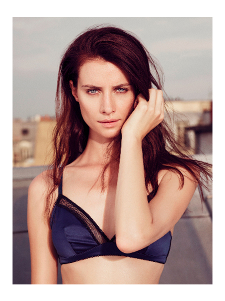 Faye Dinsmore; Photo Courtesy of Andrea Roche Model Agency