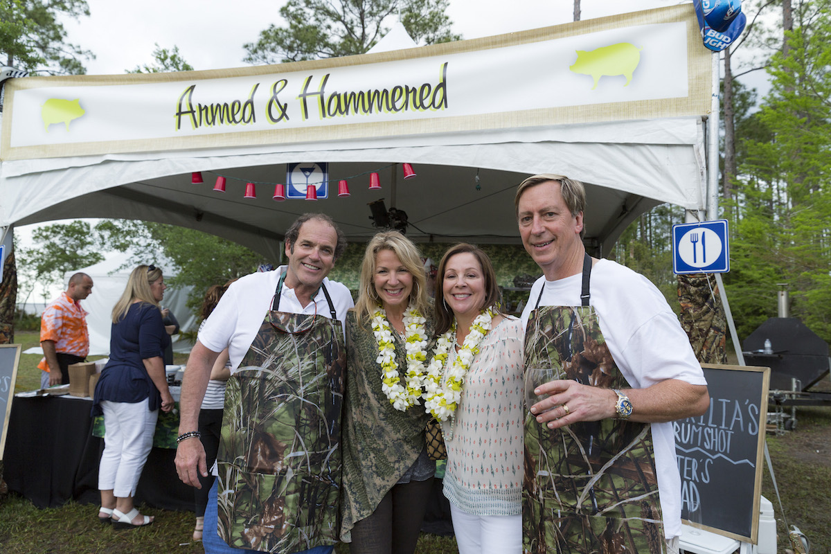 Dugas Family and Chi Chi Miguel Throwdown founders the Thompsons at 2016 event