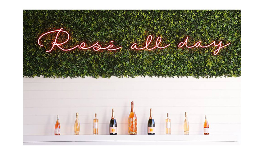 Rosé All Day sign in The Hampton Social in Chicago Illinois