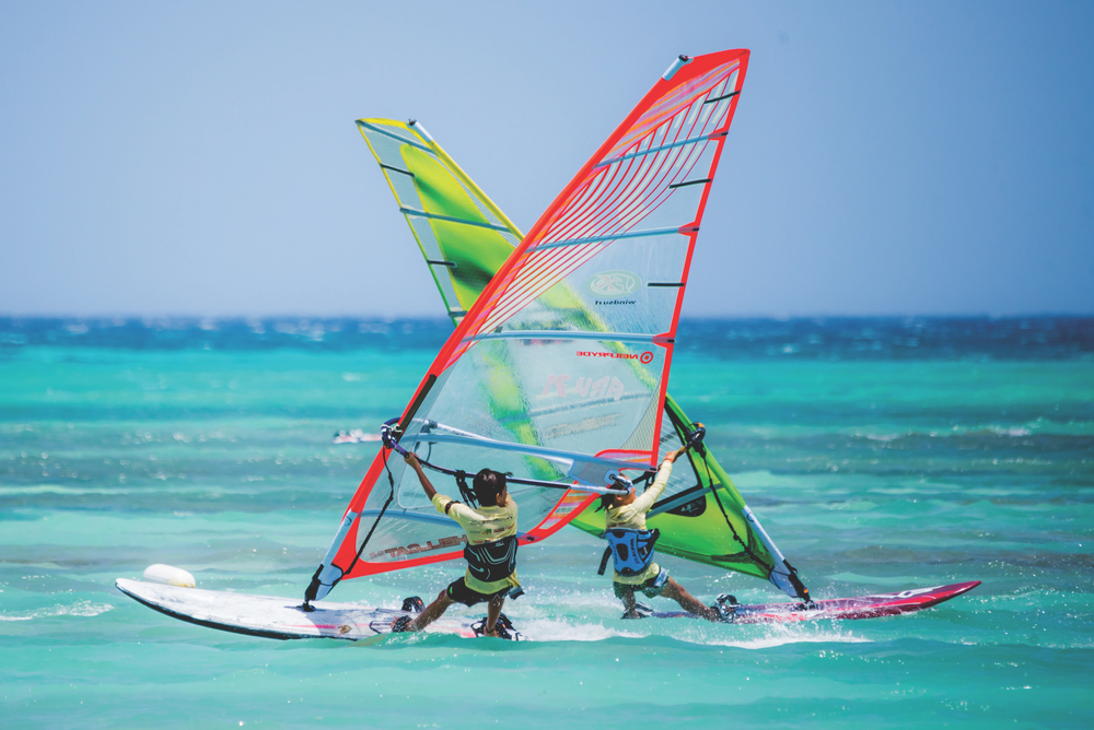 As an ideal destination for those with a healthy and active lifestyle, Aruba offers water sports such as windsurfing, diving, swimming, and more.