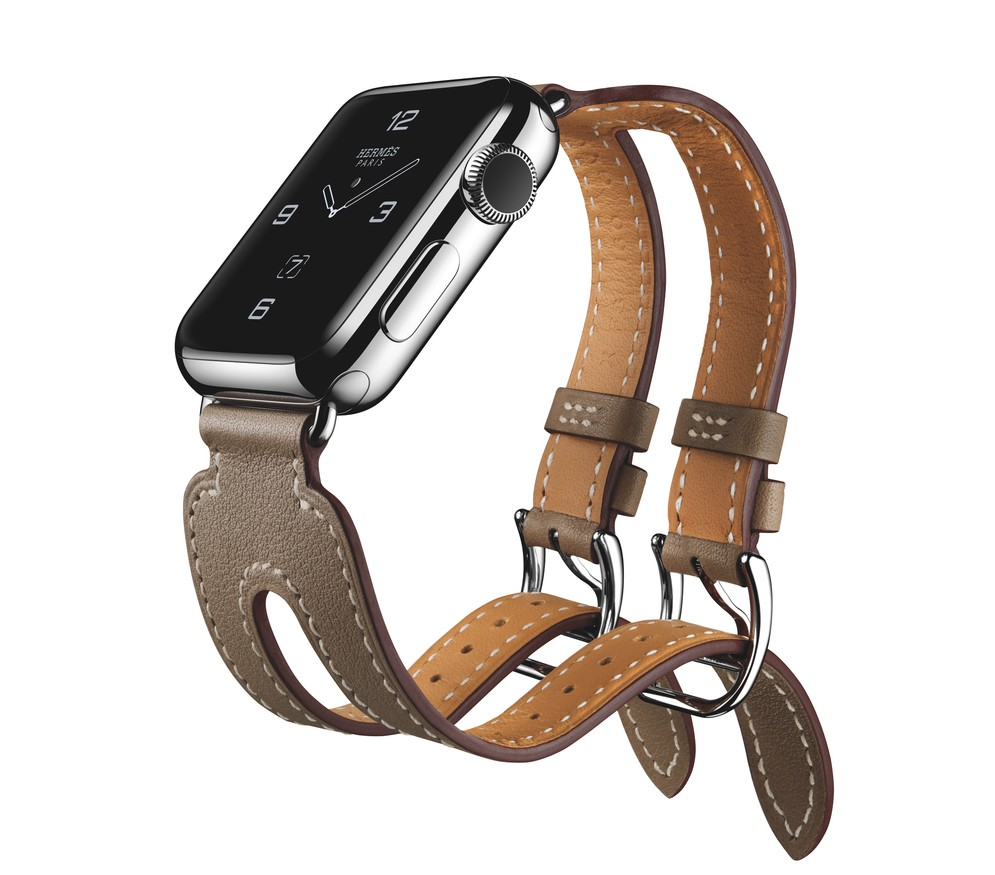 Hermès Double Buckle Cuff Apple Watch Luxury Products Cest la VIE Healthy and Beauty