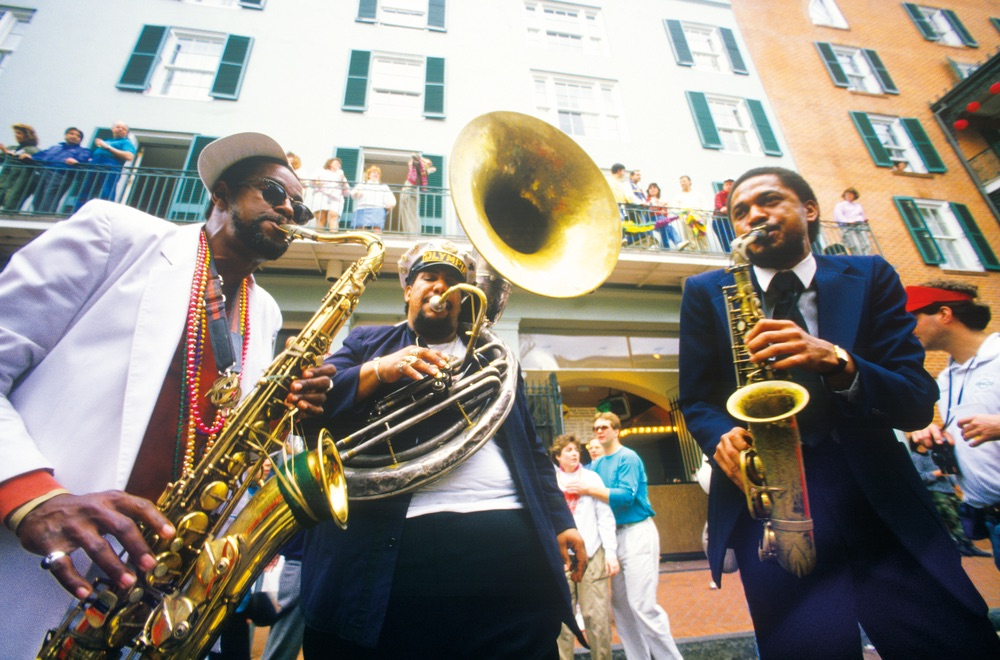 Music street performers on New Orleans