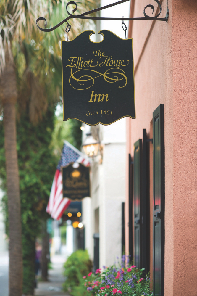 Charleston, South Carolina; Elliott House Inn