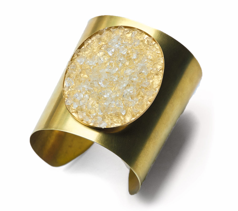 Carrie Carlton Brass & White Glass Stone Cuff cest la vie november 2017