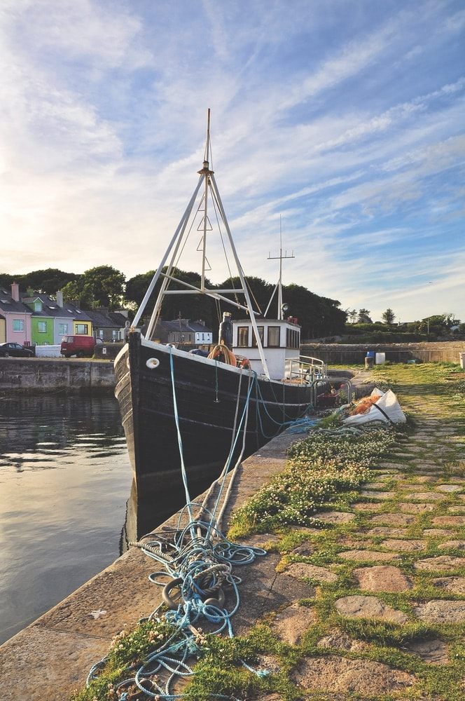 Connemara Life, Roundstone, harbor, boat, pier, fishing