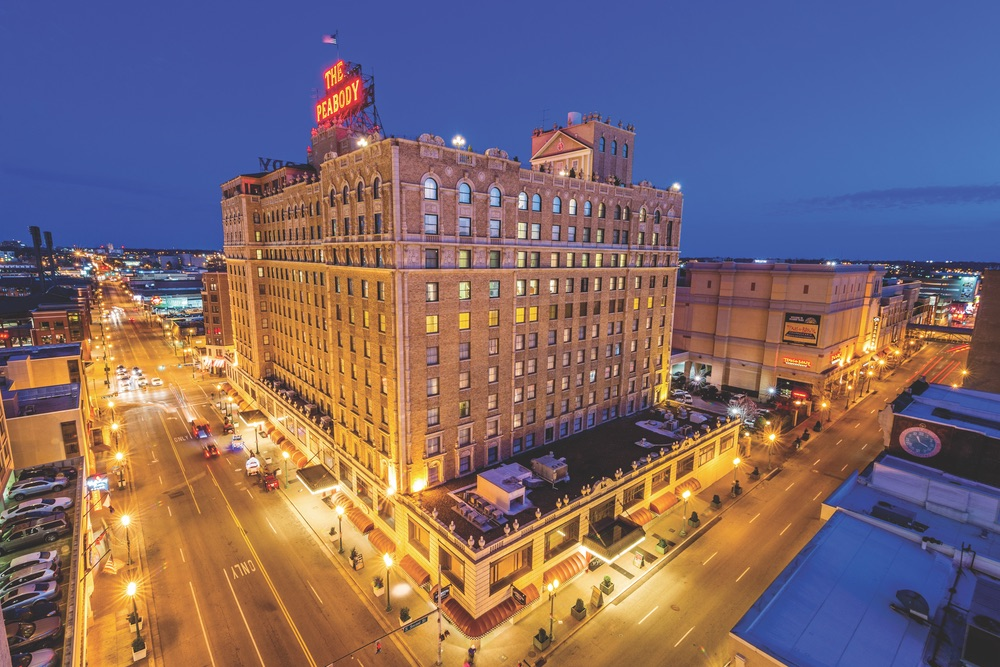 Book a room at the famous Peabody Hotel and meet the Peabody ducks! VIE Magazine 2018